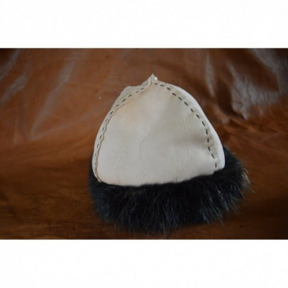 White viking hat,  Opussum edge
